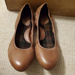 NWB Born Leather Ballet Flats